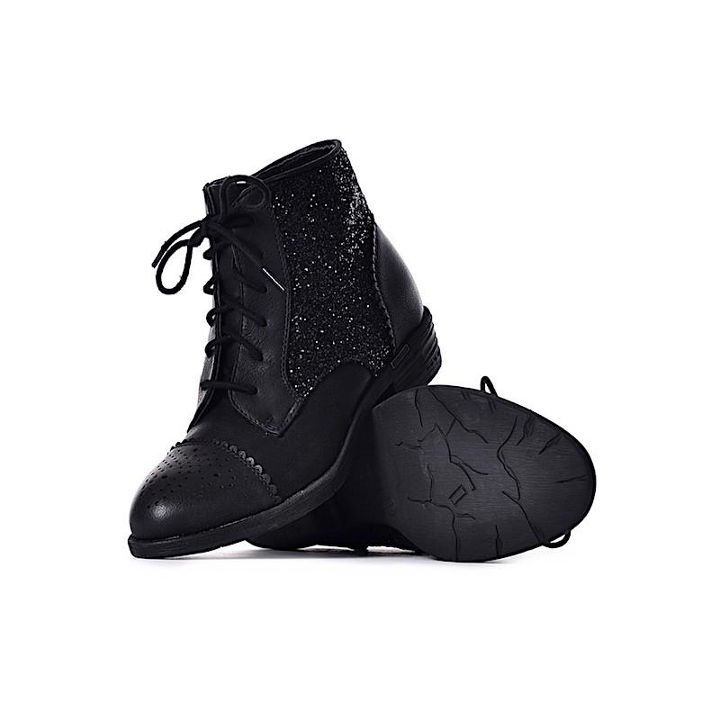 218cc65f901a5 Czarne botki damskie sznurowane buty wiązane