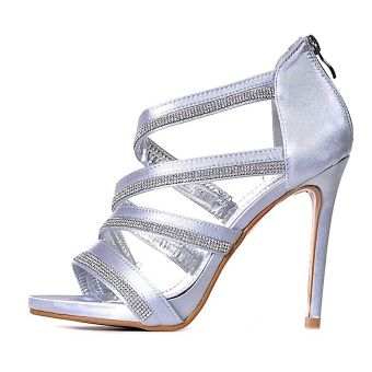 Srebrne sandały damskie na obcasie