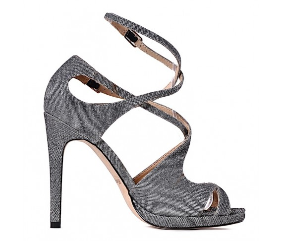 Stylowe szpilki srebrne sandałki na obcasie