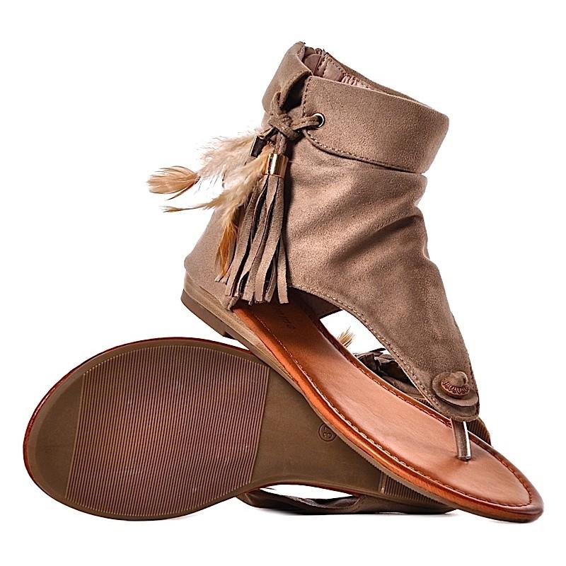 c6757725899ce ... Beżowe sandałki damskie boho na płaskim ...