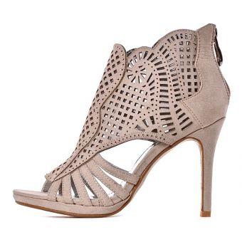 Beżowe sandały damskie na obcasie szpilki ażurowe