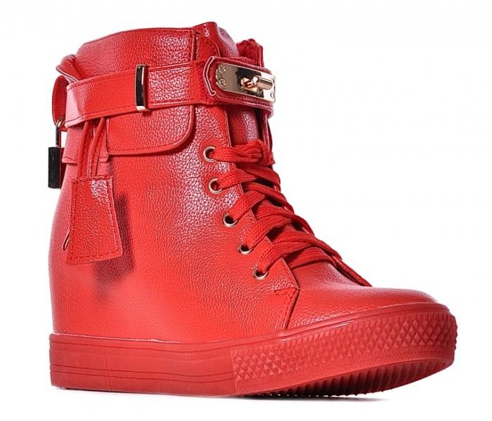 48960597b02a5a Czerwone sneakersy damskie z kłódką