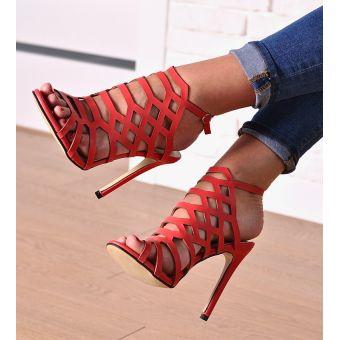 Sandały na szpilce czerwone