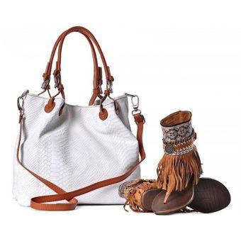 Biała torebka damska ze skóry worek