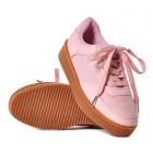 Sportowe buty damskie na płaskiej podeszwie