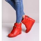 Czerwone koturny sneakersy damskie z kłódką