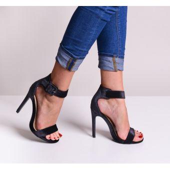 Czarne sandały na obcasie damskie