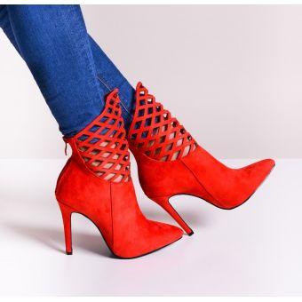 Czerwone botki damskie na obcasie