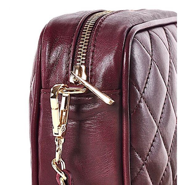 Bordowa torebka damska listonoszka na łańcuszku