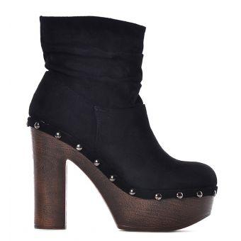 Czarne damskie botki na platformie zamszowe
