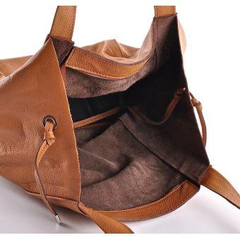 Czarna torebka skórzana ze skóry naturalnej na ramię