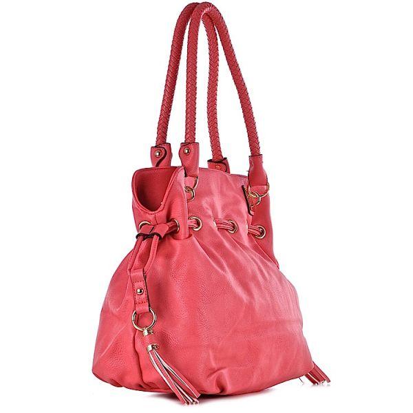 modna torebka z frędzlami