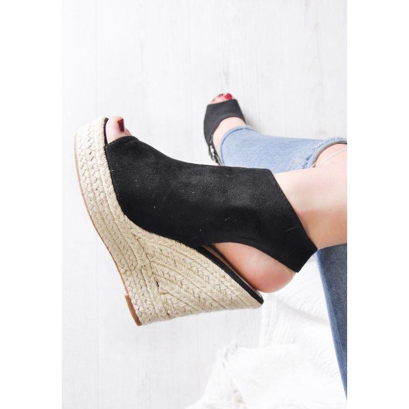 829051c0 ... Letnie buty damskie na koturnie beżowe ...