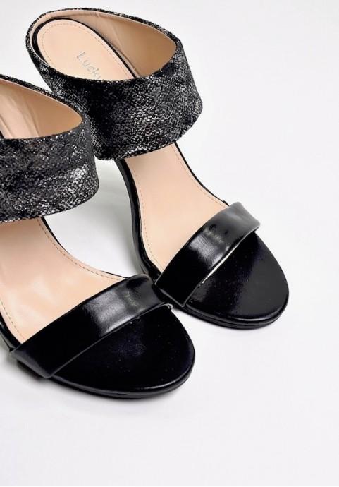 Czarne klapki szpilki eleganckie