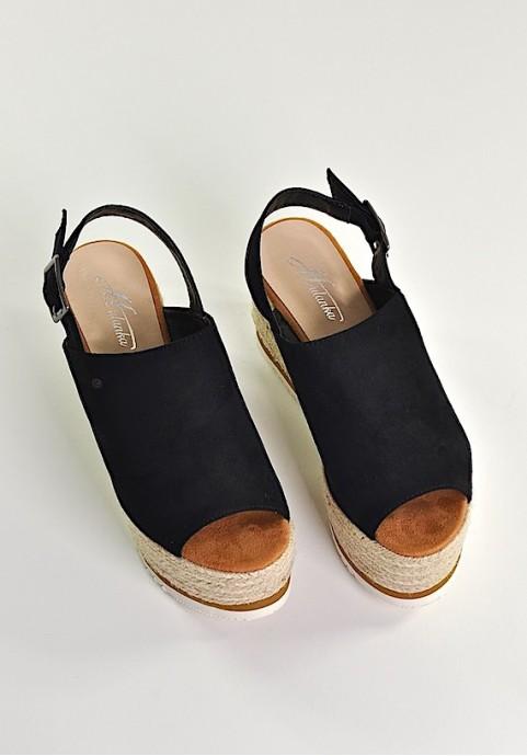 Czarne buty damskie na platformie na lato