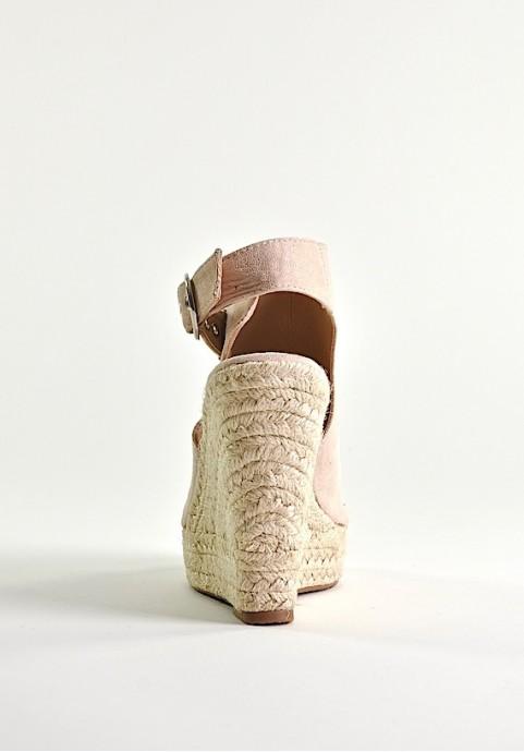 Letnie buty damskie na koturnie beżowe