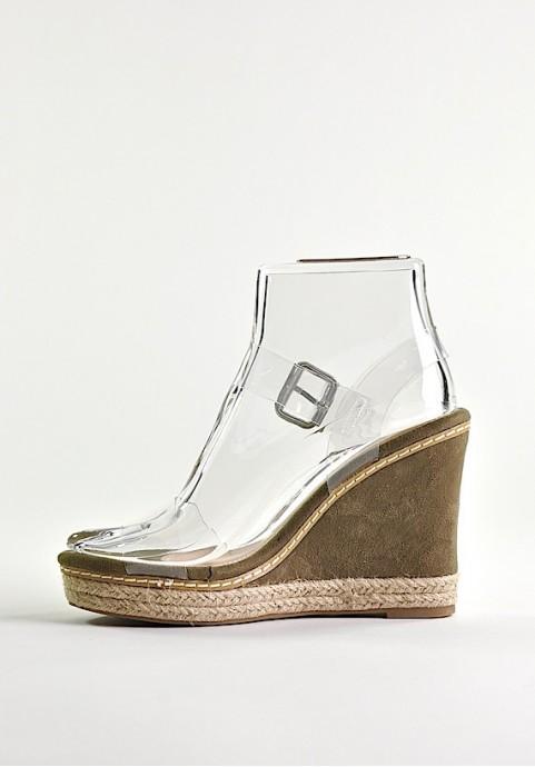 Przeźroczyste buty damskie na koturnie