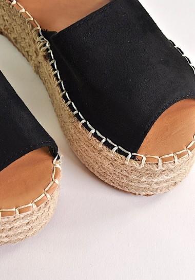 Czarne buty damskie...