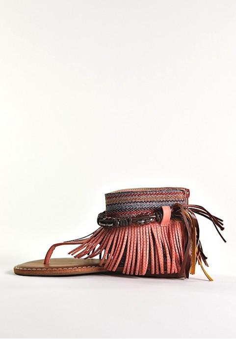 Modne sandały damskie w stylu boho