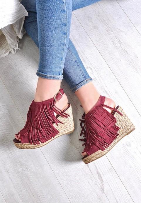 Bordowe sandały damskie na koturnie