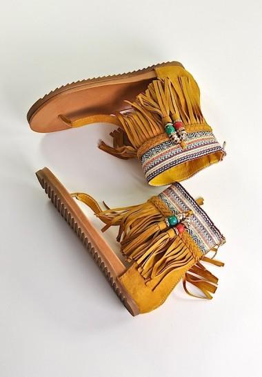 Sandały damskie z frędzlami...