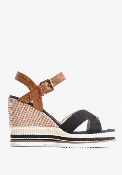 Sandały na koturnie czarne eleganckie