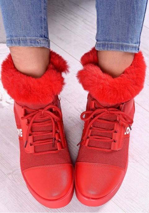 Czerwone buty damskie sportowe