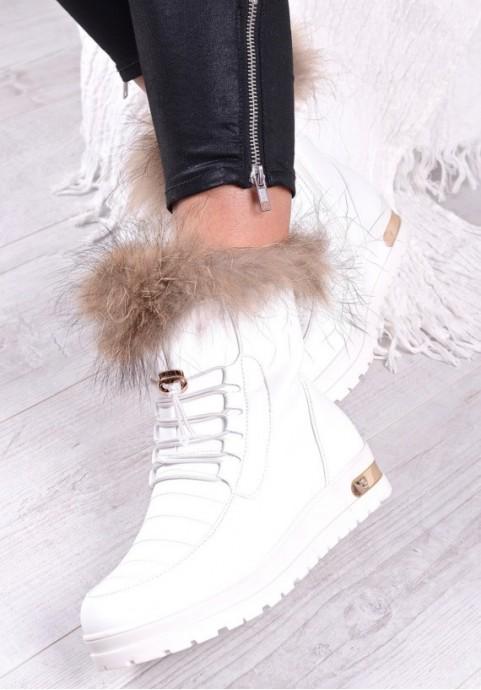 Białe śniegowce damskie mukluki