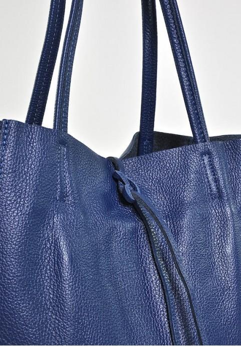Damska torebka skórzana worek a4 na ramię niebieska