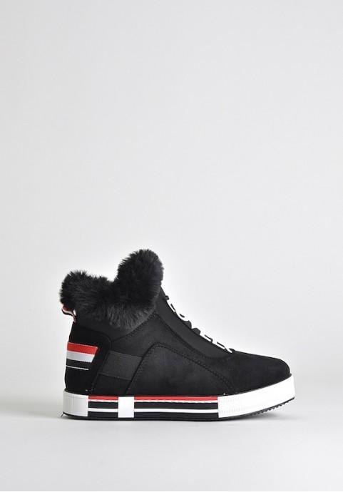 Czarne sportowe buty zimowe