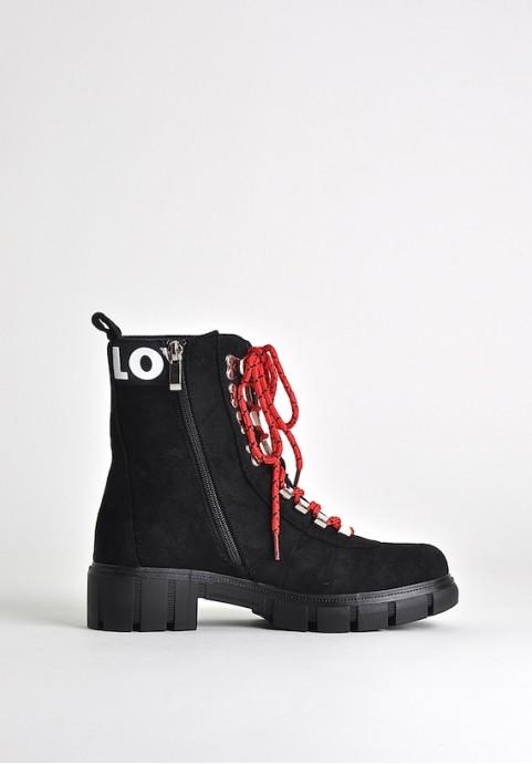 Czarne botki trapery
