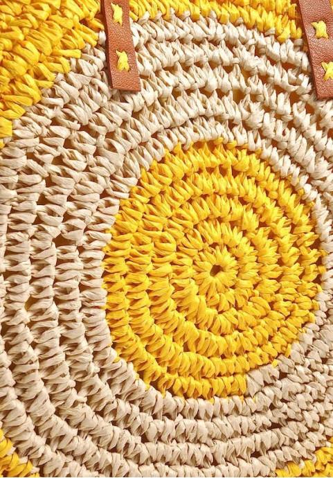 Żółta torebka na lato