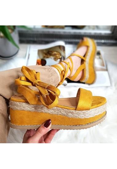 Żółte wiązane sandały na platformie
