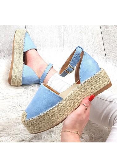 Niebieskie zamszowe sandały na platformie