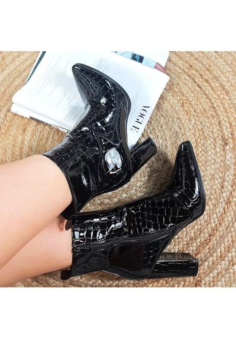 Eleganckie czarne lakierowane botki na obcasie