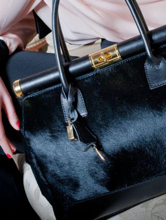 Kuferki damskie i torebki na każdą okazję – funkcjonalność czy wygląd?