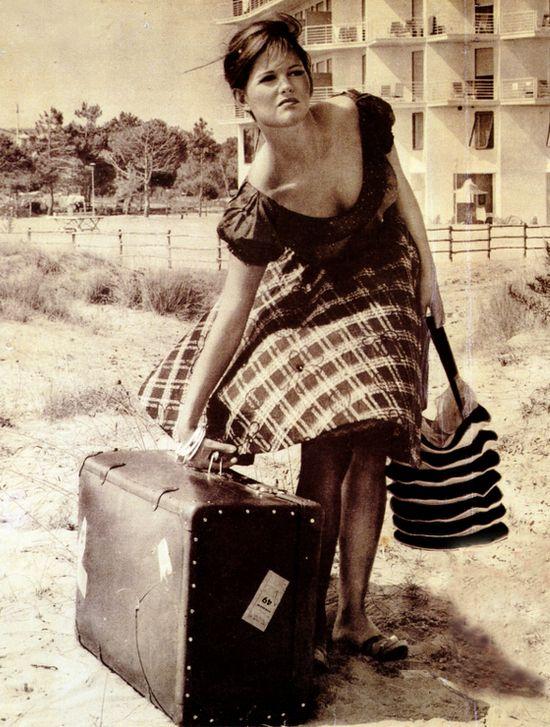 Jak spakować się na urlop w jedną walizkę?